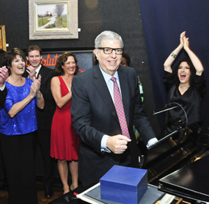 Marvin Hamlisch plays piano at Encompass' Gala honoring Mr. Hamlisch - November 20, 2011